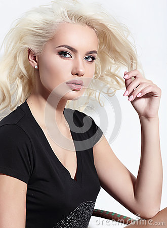 Free Young European Attractive Model With Long Blond  Hair, Full Lips Royalty Free Stock Photography - 60674147