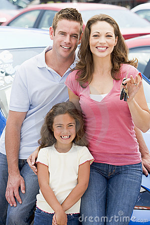 Free Young Family Collecting New Car Royalty Free Stock Image - 5096376