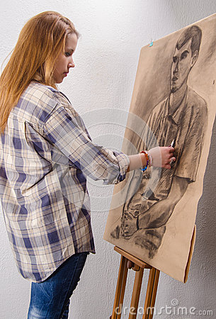 Free Young Female Artist Drawing Man Portrait Art Studio Stock Photo - 29226690