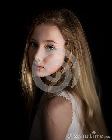 Free Young Girl Dreaming Stock Photography - 42749982