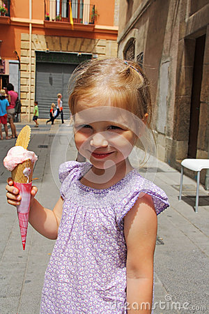 Free Young Girl Outdoors Eating Ice Cream Stock Photo - 50801950