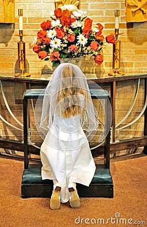Young girl praying Editorial Stock Image