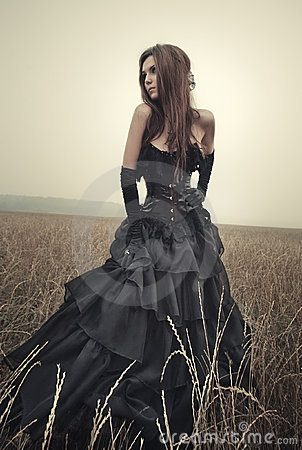 Free Young Goth Woman Royalty Free Stock Images - 15851629
