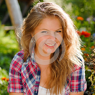 Free Young Happy Smiling Teenage Girl Portrait Royalty Free Stock Photography - 27462867
