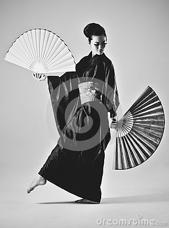Free Young Japanese Woman Royalty Free Stock Photo - 27410825