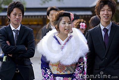 Young Japanese women kimono men suits temple Editorial Stock Photo