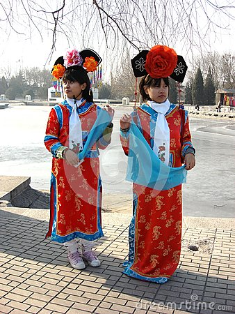 Free Young Lady In Bright Chinese Palace Clothing Stock Images - 80932064