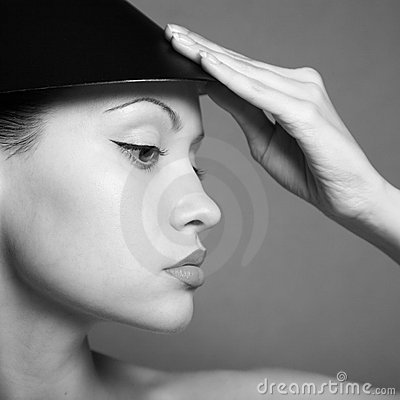 Free Young Lady With Hat Royalty Free Stock Photography - 6622157