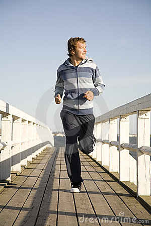 Free Young Man Running Stock Photography - 2607312