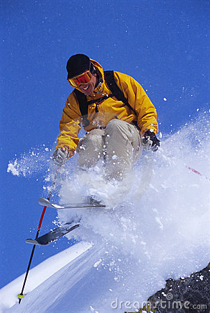 Free Young Man Skiing Stock Photography - 6077192
