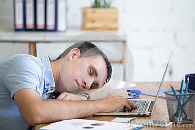 How Modern Technology is Making us Lazy and Stupid!