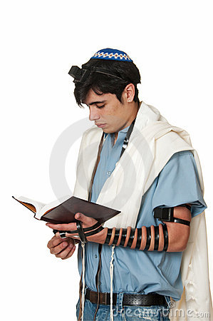 young-man-tefillin-profile-14969491.jpg