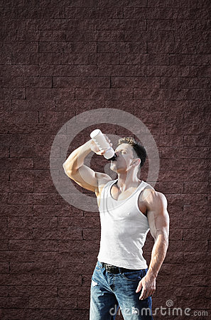 Free Young Man With Strong Muscles, Water Drink After Training Royalty Free Stock Photography - 76115717
