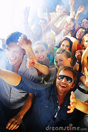pictures of people having fun. YOUNG PEOPLE HAVING FUN (click image to zoom)