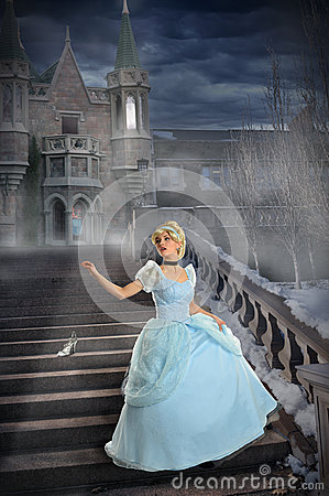 Free Young Princess Losing Shoe On Stairs Stock Images - 37402674