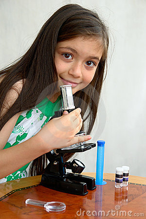 Free Young Researcher Analyzes With A Microscope Royalty Free Stock Photos - 8274568