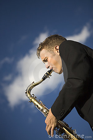 Free Young Saxophone Player Royalty Free Stock Photography - 3272267