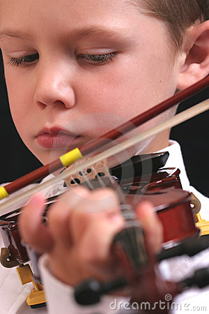 Young violinist