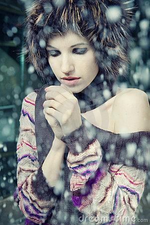 Young woman freeze
