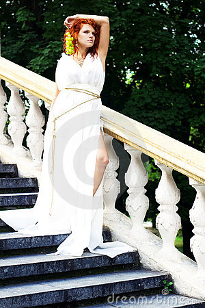 Free Young Woman In White Antique Dress Stock Photography - 20849672