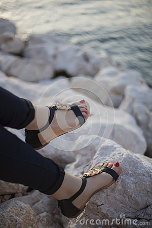 Free Young Women Sandals Stock Photography - 55562472