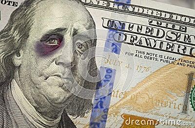 Z Podbitym Okiem Ben Franklin na Nowych Sto Dolarowych Bill