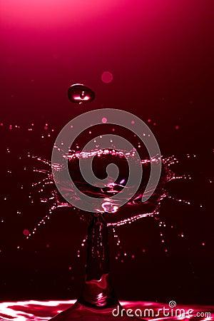 Zamyka w górę wody kropli karambolu obrazka