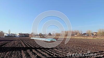 Zaorany pole z zmrok ziemią zdjęcie wideo