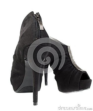 Zapatos modernos de la mujer