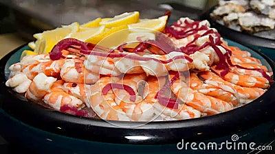 Zazębiony Gotujący Krewetkowy owoce morza półmisek zdjęcie wideo