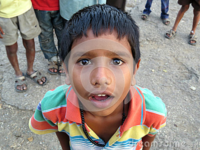 Zdziwiona chłopiec Zdjęcie Editorial