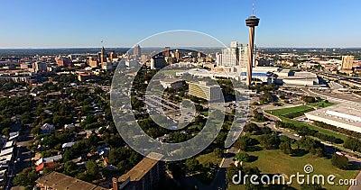 Zentrale Texas Sans Antonio Skyline Aerial Panoramic South stock footage