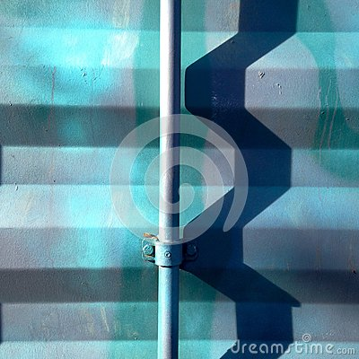 Free Zig Zag Shadow On Metallic Wall Royalty Free Stock Photography - 64936857