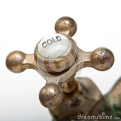 Zimna faucet rocznika woda
