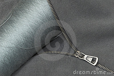 Zipper thread and textile