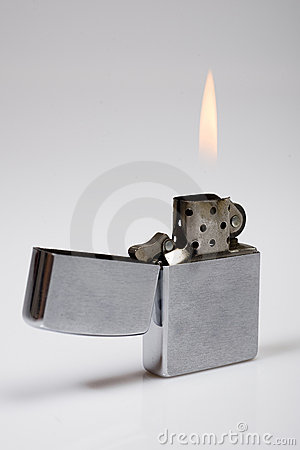Free Zippo Retro Lighter Royalty Free Stock Photos - 13524968