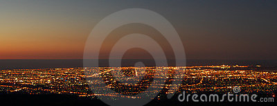Zonsondergang over Stad
