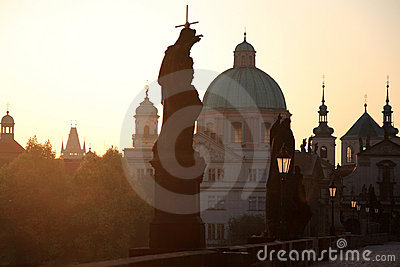 Zonsopgang in Charles Bridge