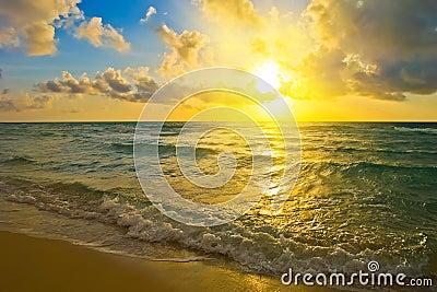 Zonsopgang, de Atlantische Oceaan