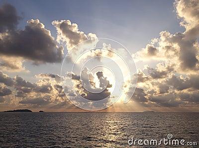 Zonsopgang over de oceaan