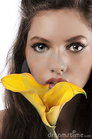 Free Zoom On A Girls Face With A Yellow Calla Royalty Free Stock Image - 20368906