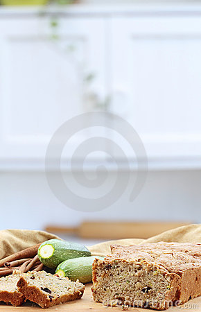 Free Zucchini Bread Royalty Free Stock Photos - 14865288