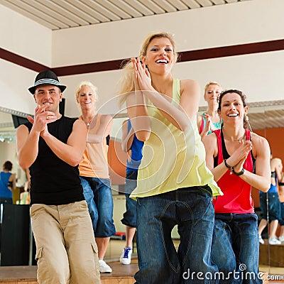 Free Zumba Or Jazzdance - People Dancing In Studio Royalty Free Stock Image - 26622306