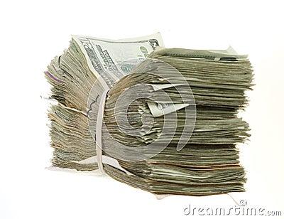 Zwanzig Dollarscheine zusammen gestapelt und mit einem Band versehen