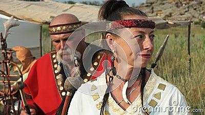 Euro-Hunk bekommt jungfräuliches Blut von Helen Flingston auf seinem Fleischschwert