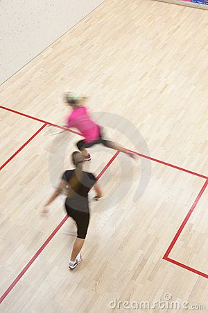 Zwei weibliche Kürbisspieler