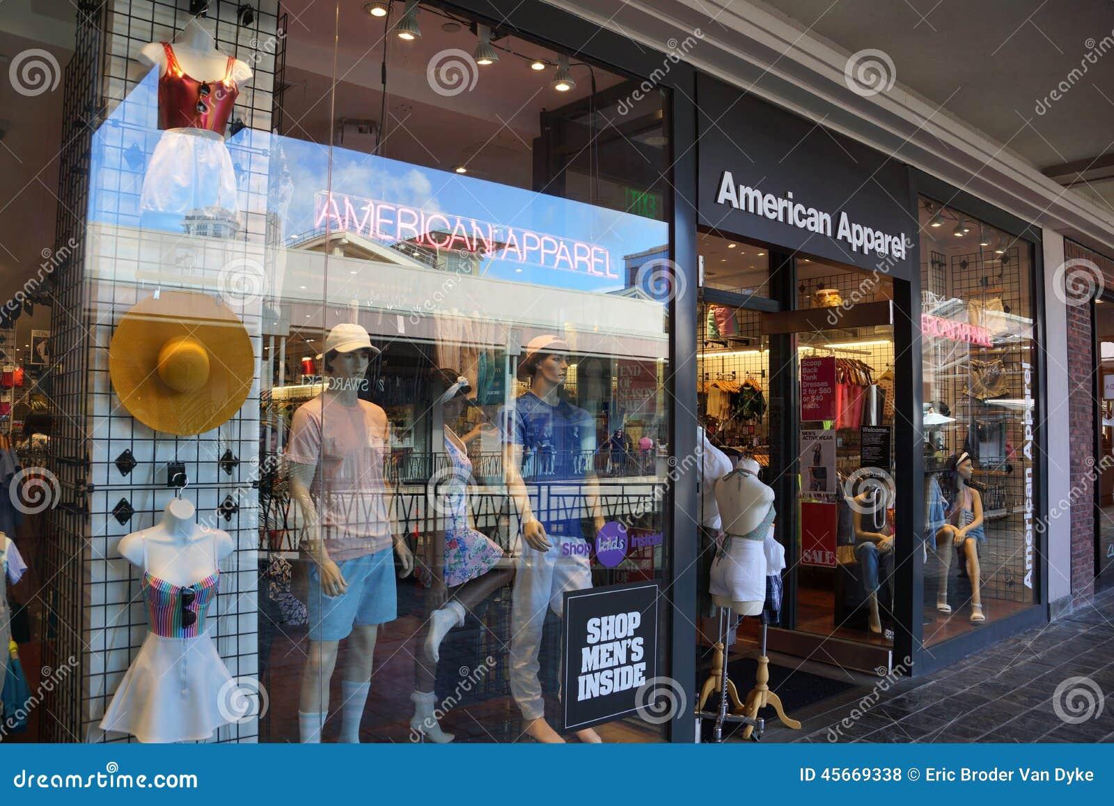 阿拉莫阿那中心的美国服装时尚商店图片