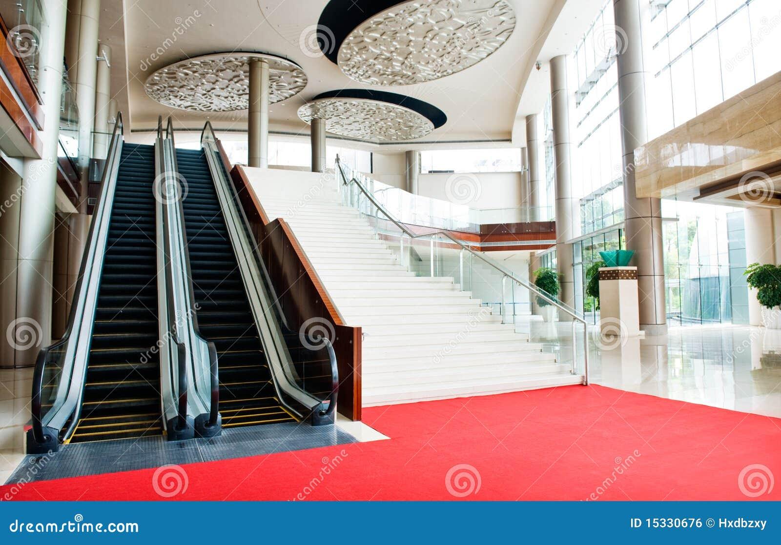 大厦自动扶梯现代新的台阶二.图片