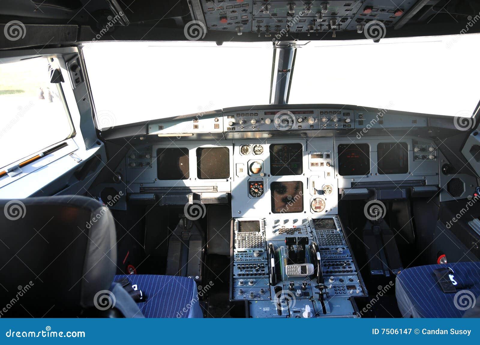 飞机驾驶舱 免版税图库摄影