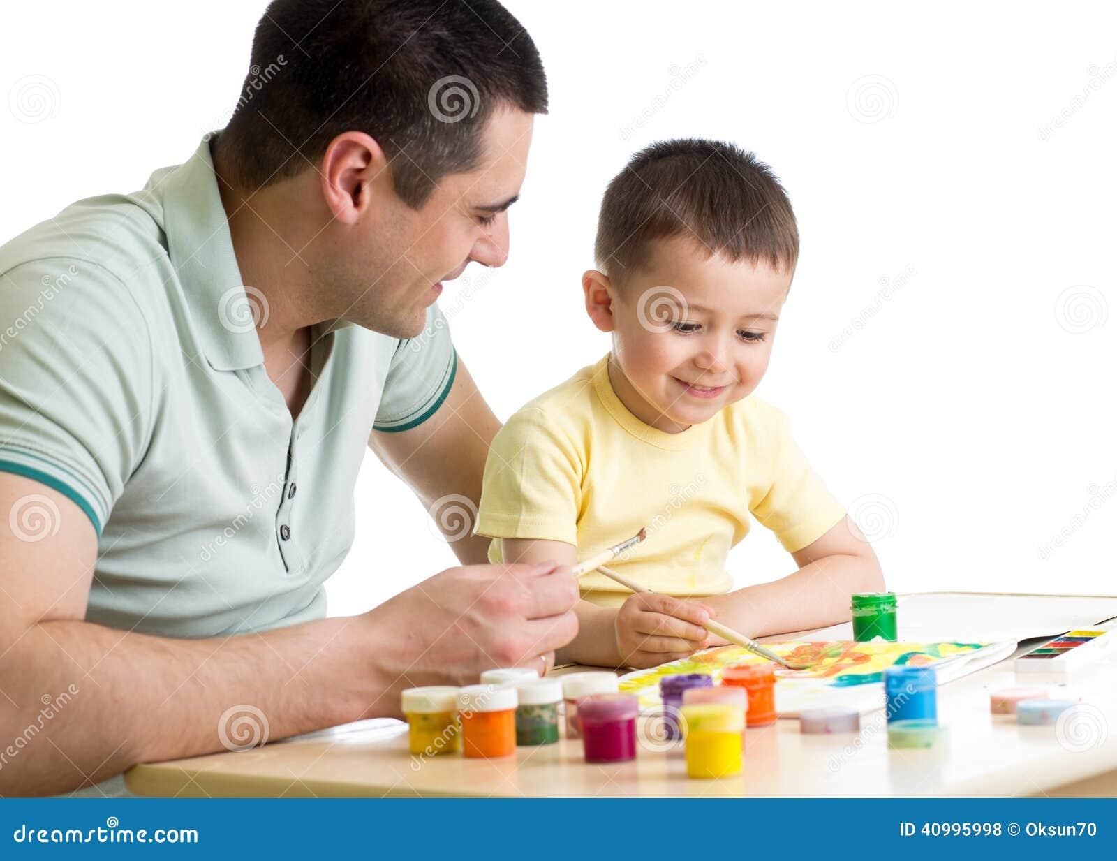 孩子和爸爸在白色绘一起被隔绝 库存照片 - 图片